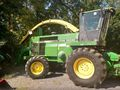 1997 John Deere 6910 Self-Propelled Forage Harvester