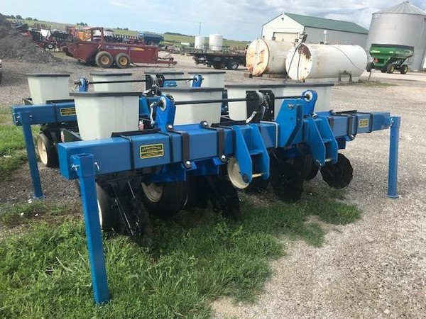 Used Kinze Pt4 Planters For Sale Machinery Pete