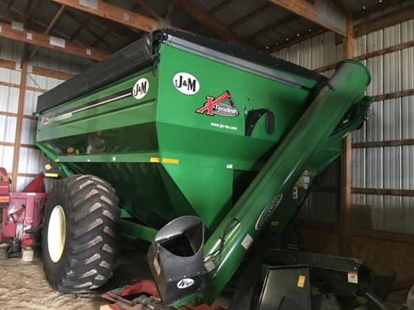 2015 J&M 810 Grain Cart