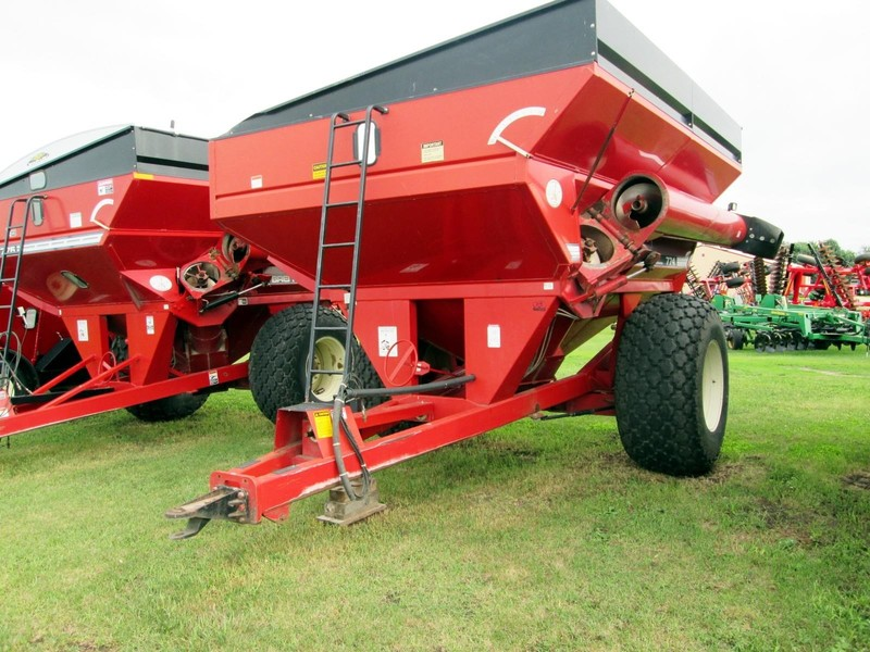 2000 Brent 774 Grain Cart