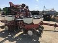 White 6200 Planter