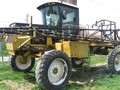 Ag-Chem RoGator 664 Self-Propelled Sprayer