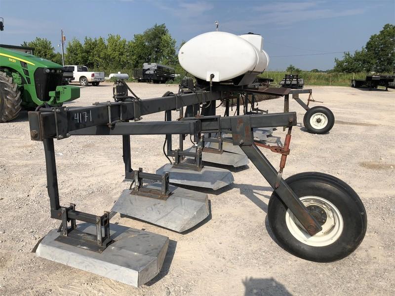 Wylie SW-300 Pull-Type Sprayer