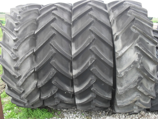 Other 520/85R46 Wheels / Tires / Track