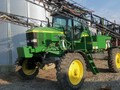 1999 John Deere 4700 Self-Propelled Sprayer