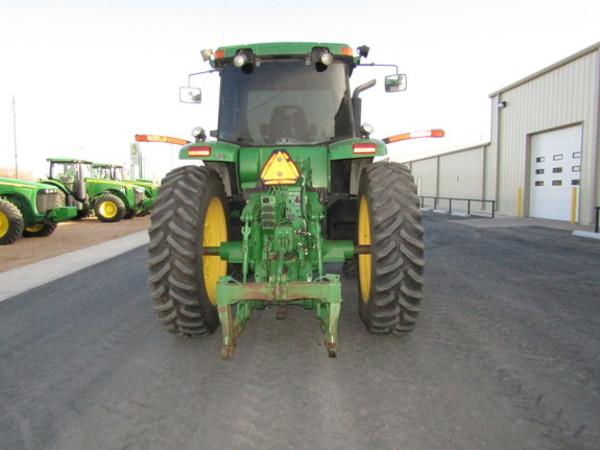 2005 John Deere 7820 Tractor