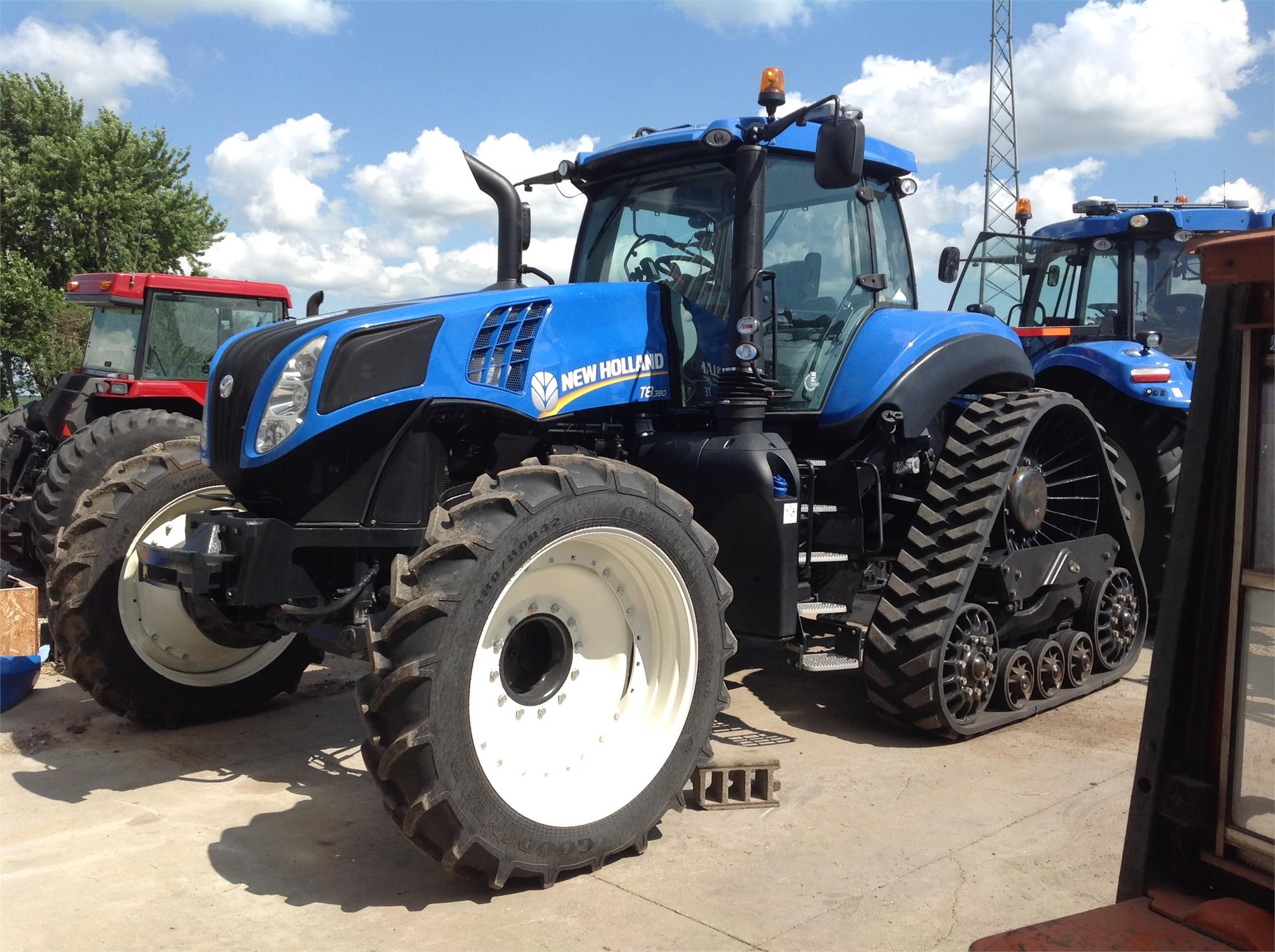 2015 New Holland T8.380 SmartTrax Tractor