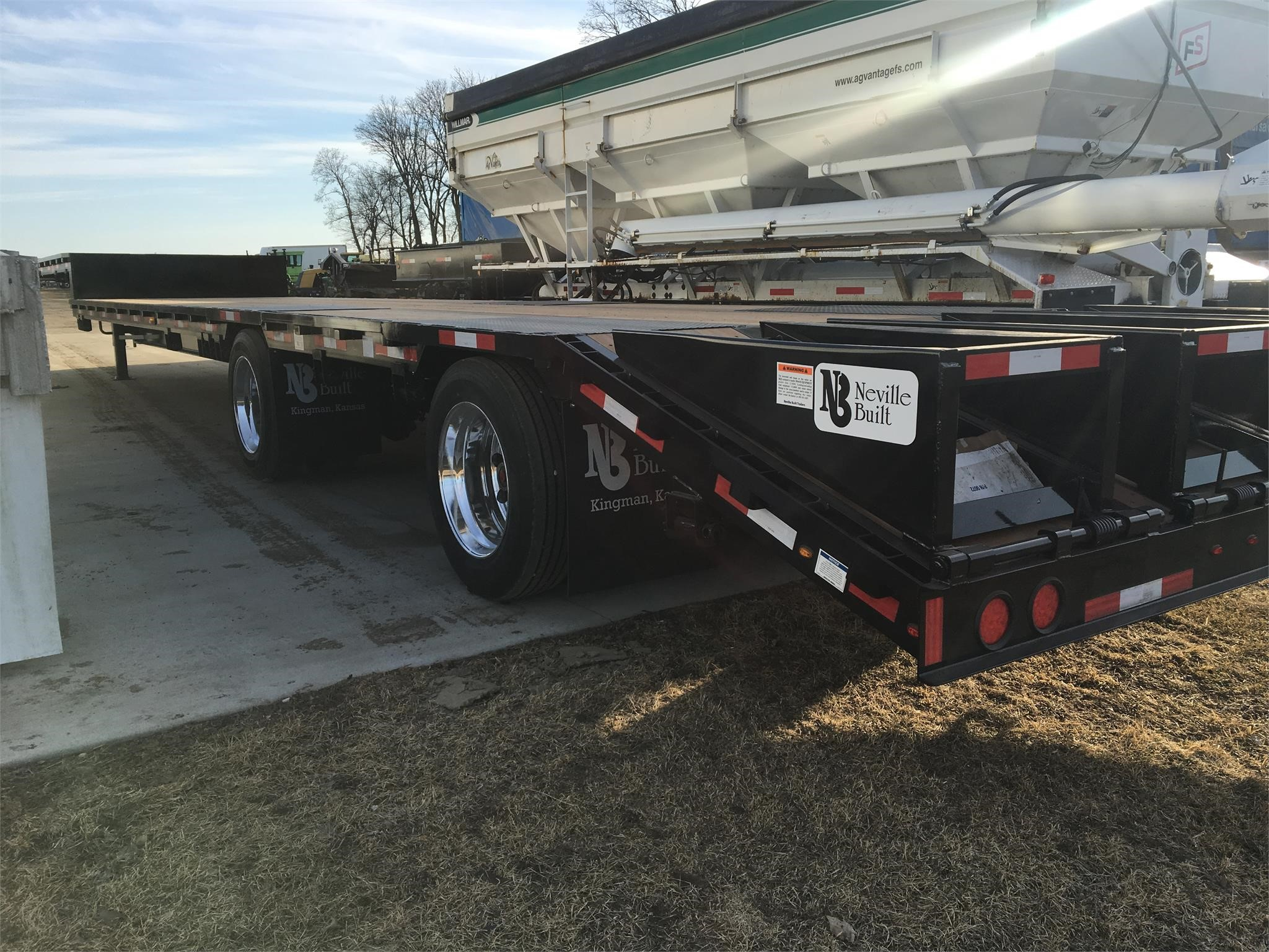 2020 Neville STEP DECK Flatbed Trailer
