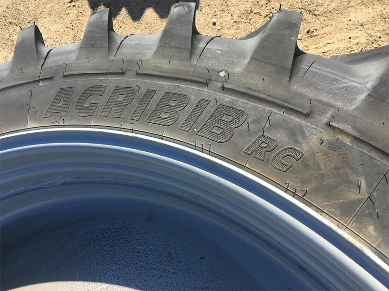 2014 Michelin 320/90R54 Wheels / Tires / Track