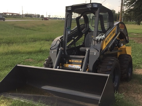 2017 New Holland L228 Skid Steer
