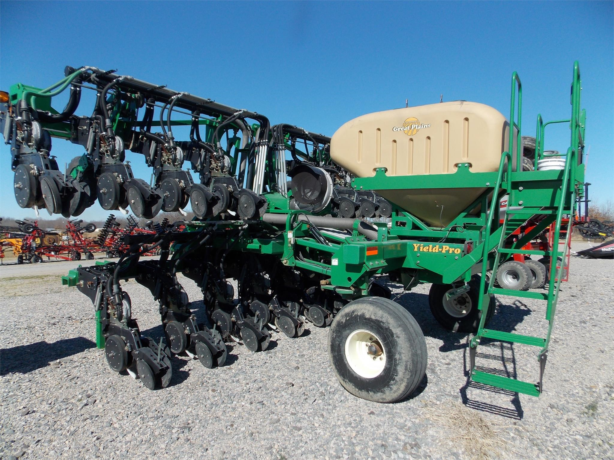 2010 Great Plains 3PYPA-32TR30 Drill