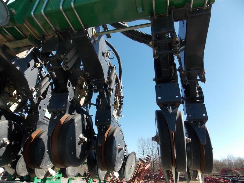 2010 Great Plains 3PYPA Planter