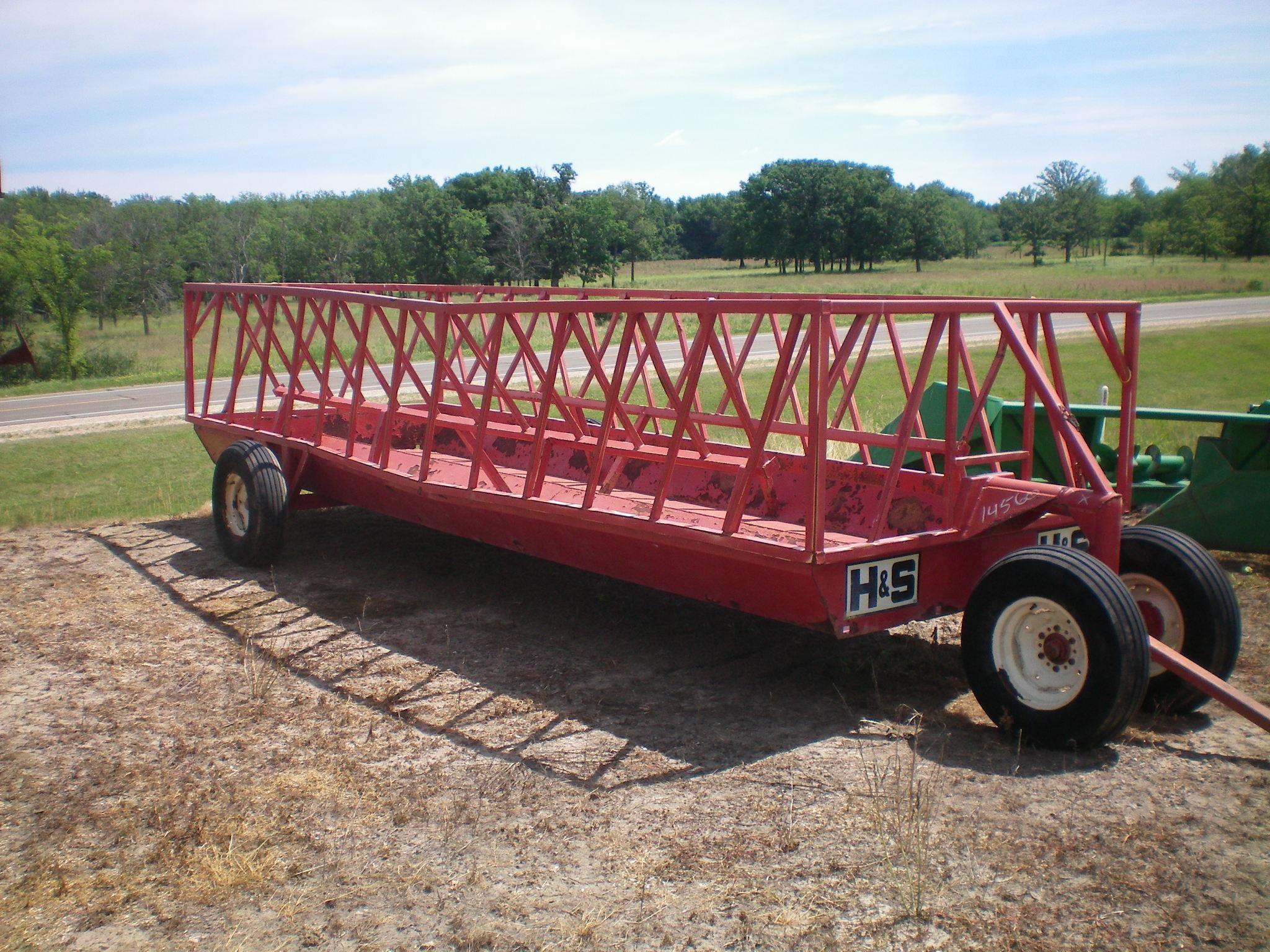H & S FW52A Feed Wagon
