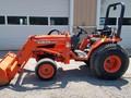 1999 Kubota B2710HSD Tractor