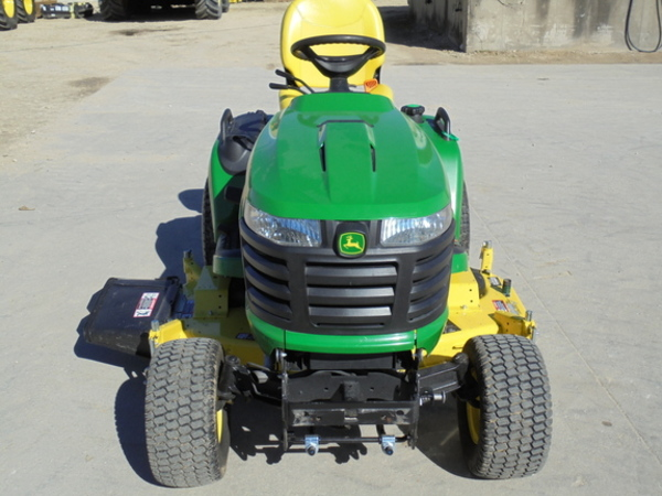 2016 John Deere X750 Lawn and Garden