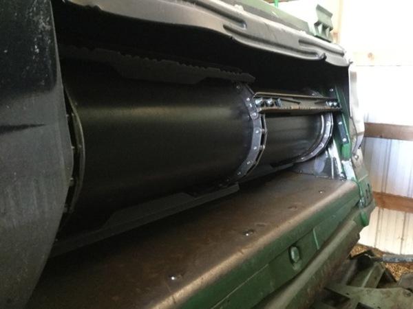 2013 John Deere S690 Combine