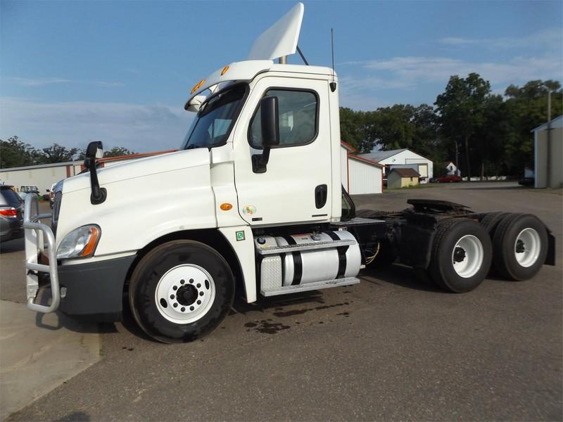 2012 Freightliner Cascadia 125 Semi Truck