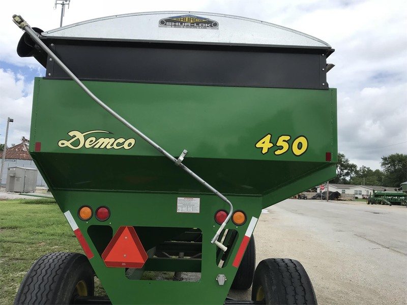 Demco 450 Gravity Wagon