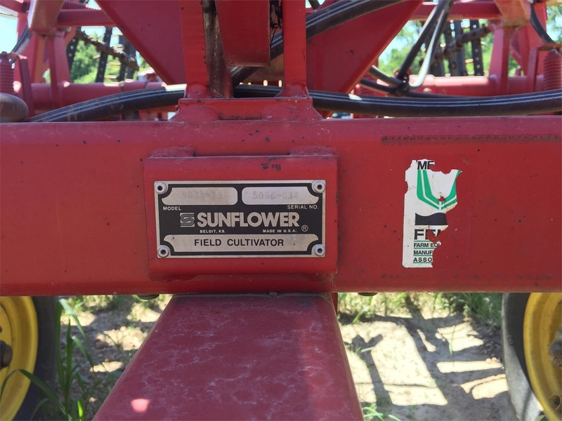 Sunflower 5033-29 Field Cultivator