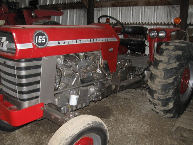 1973 Massey Ferguson 165 Tractor