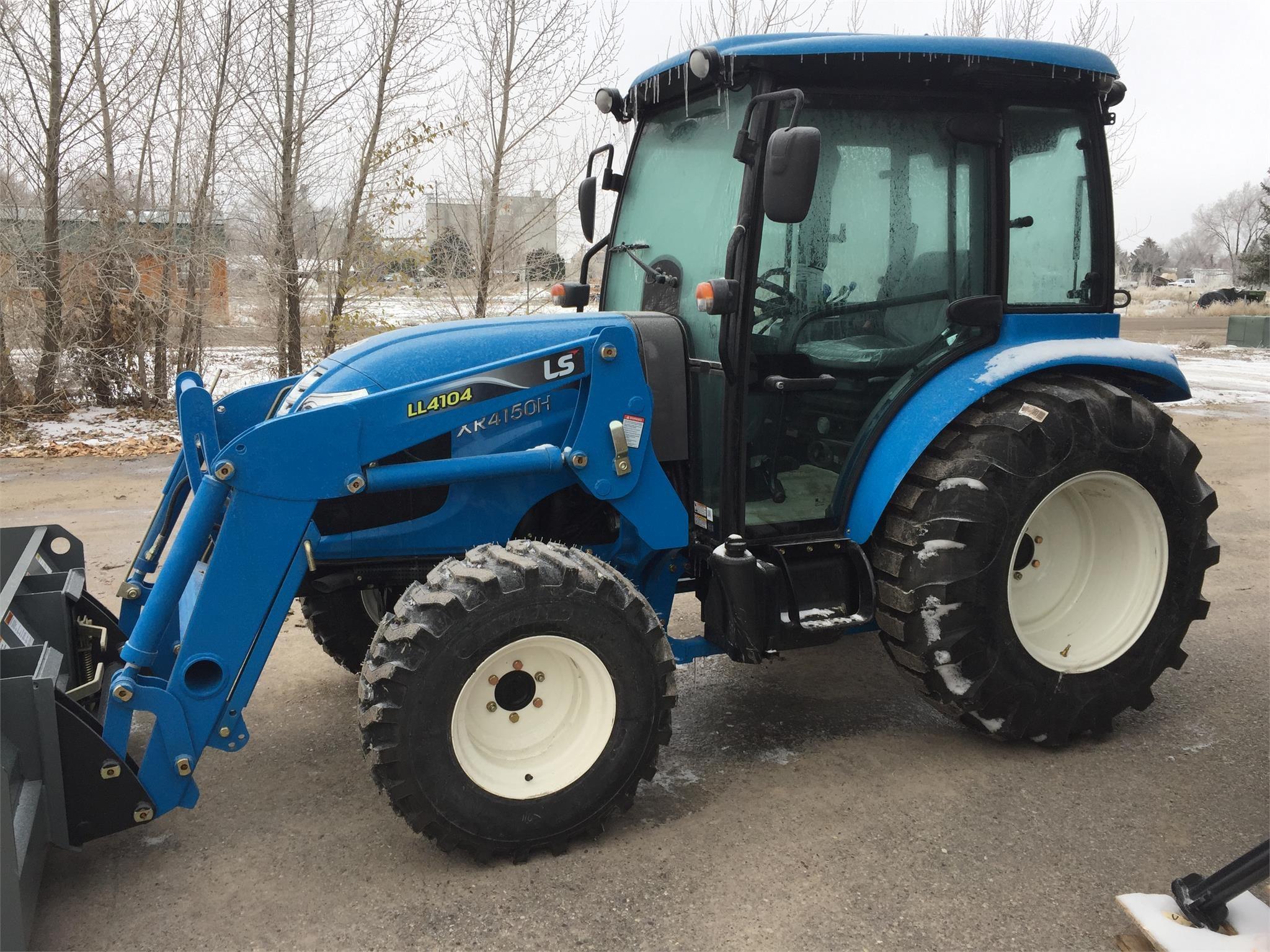 2020 LS XR4150HC Tractor