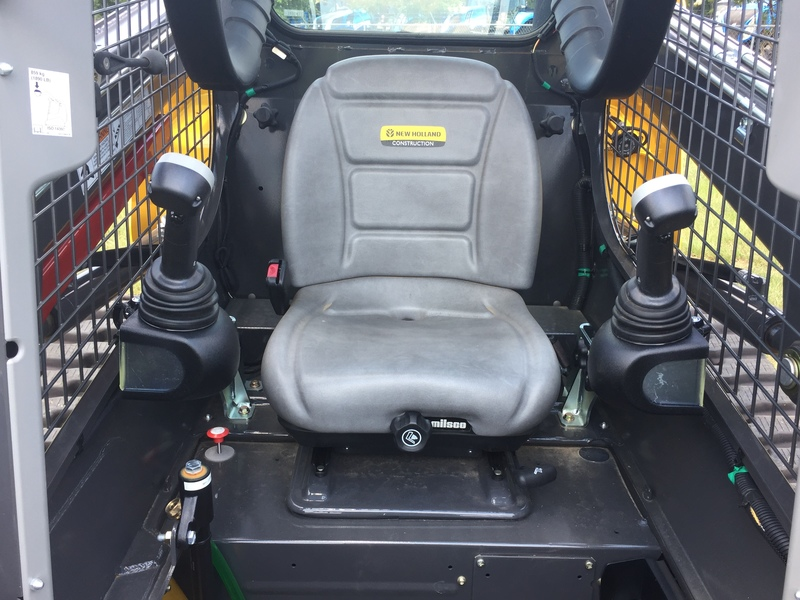 2017 New Holland C227 Skid Steer