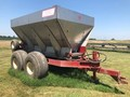 Chandler 10PTT-FT Pull-Type Fertilizer Spreader