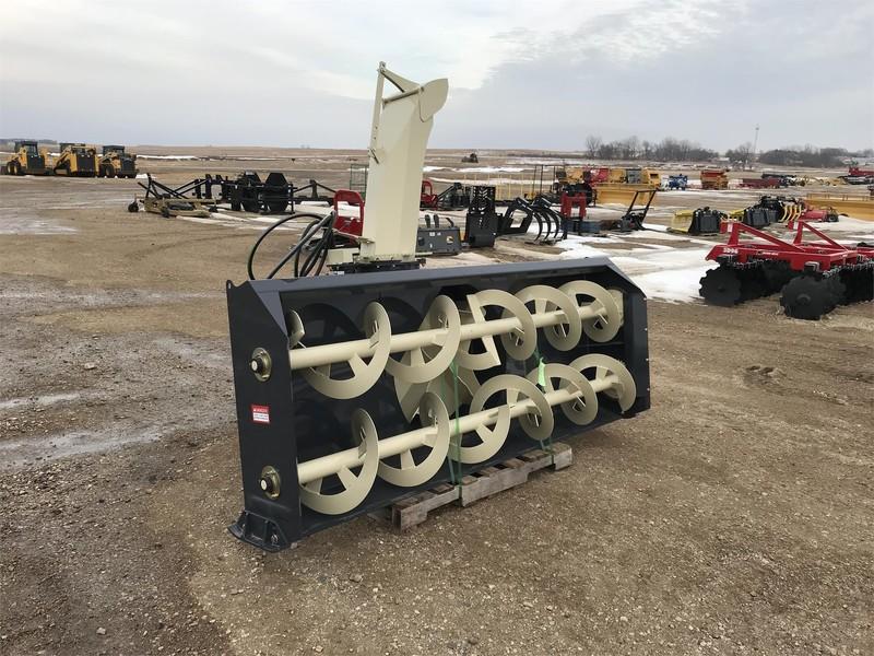 2019 Buhler Farm King Y9620Q Snow Blower
