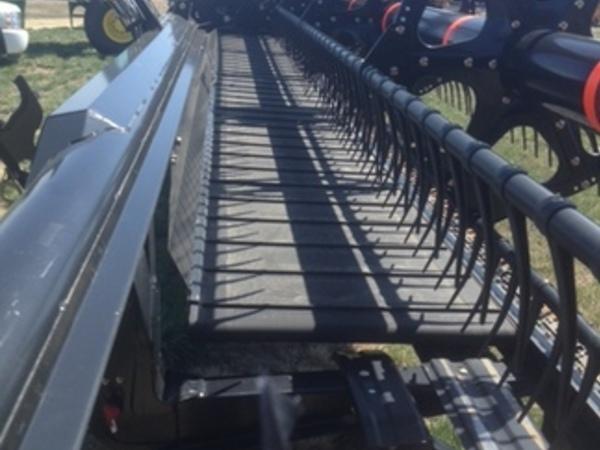 2015 John Deere 440D Platform