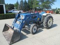 1981 Ford 1700 Tractor