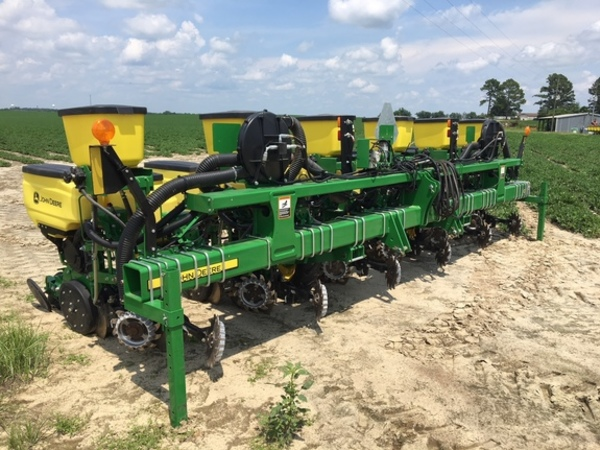 John Deere 1705 Twin Row Planters For Sale Machinery Pete