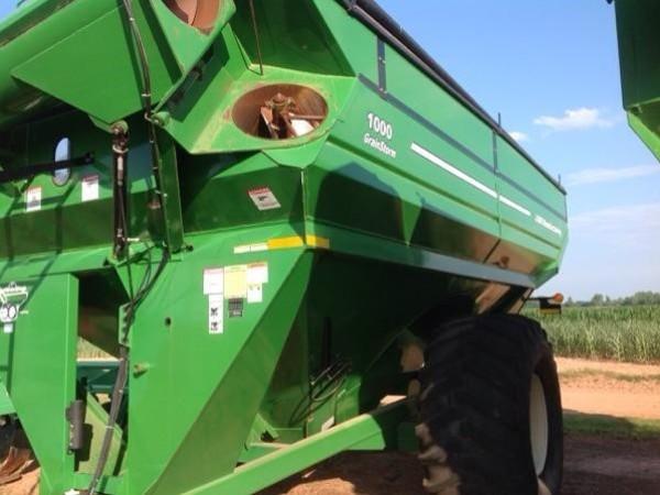 2011 J&M 1000-20 Grain Cart