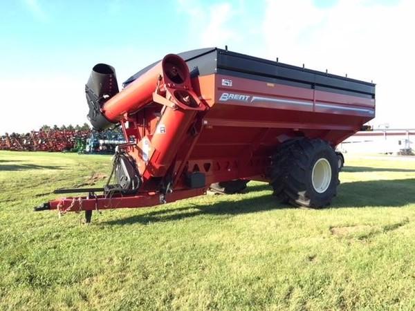 2013 Brent 1196 Grain Cart