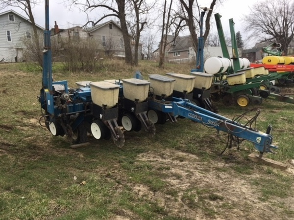 Used Kinze 2000 6 11 Planters For Sale Machinery Pete