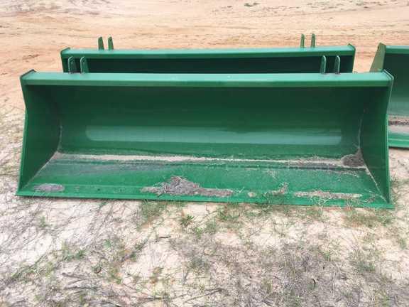 John Deere 7,8,9ft global buckets Loader and Skid Steer Attachment