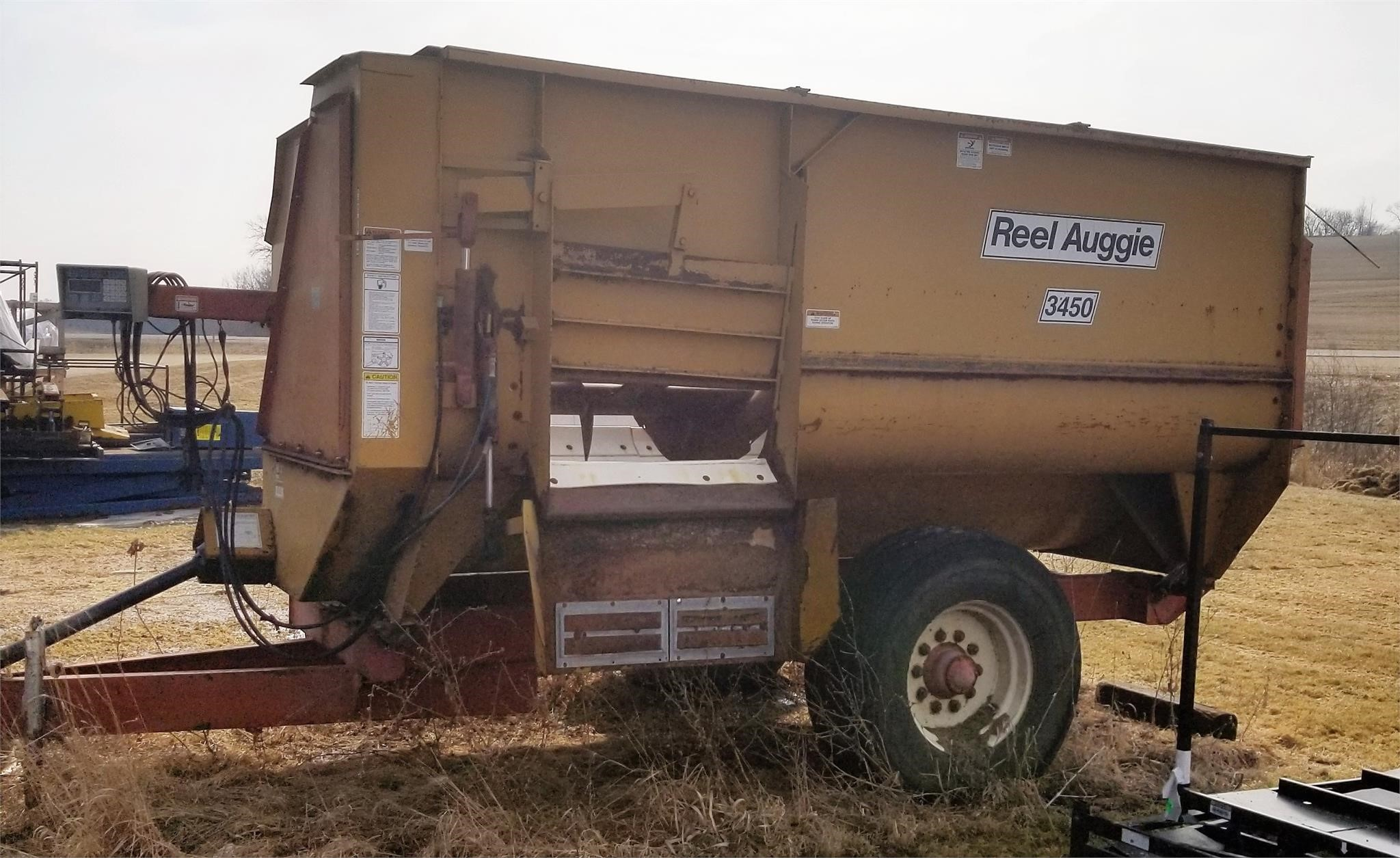 1996 Knight 3450 Grinders and Mixer