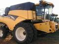 2005 New Holland CR970 Combine