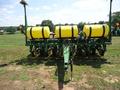 2010 John Deere 1750 Planter