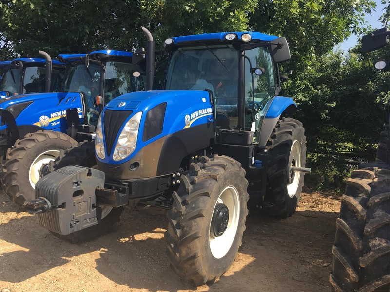 New Holland T7.210 Tractor