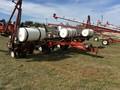 1997 White 6138 Planter