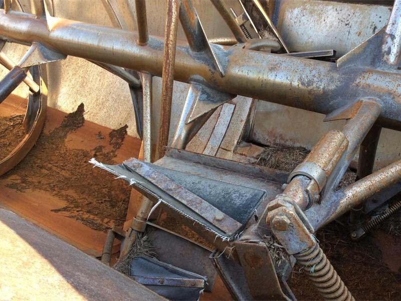 2004 Farm Aid 430 Feed Wagon