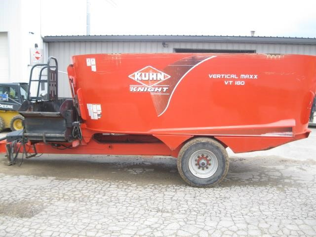 Kuhn Knight VT180 Grinders and Mixer