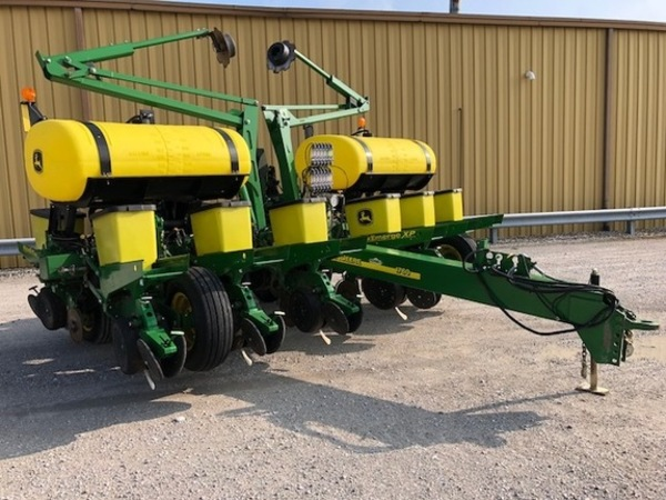 2014 John Deere 1760 Planter Winamac Indiana Machinery Pete