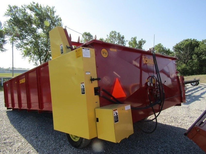 Schuler SF16 Forage Wagon