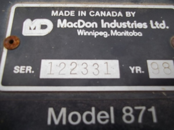1994 MacDon 962 Platform
