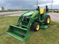 2014 John Deere 3033R Tractor