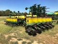 2001 John Deere 1770 Planter