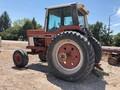 International Harvester 1086 Tractor