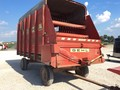 Gehl BU910 Forage Wagon
