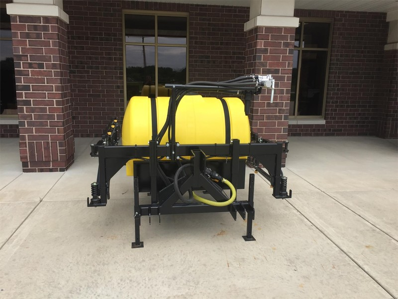 2018 F/S MFG INC 200 Pull-Type Sprayer
